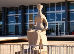 A Justiça, escultura em frente ao Supremo Tribunal Federal (Filipo Tardim)