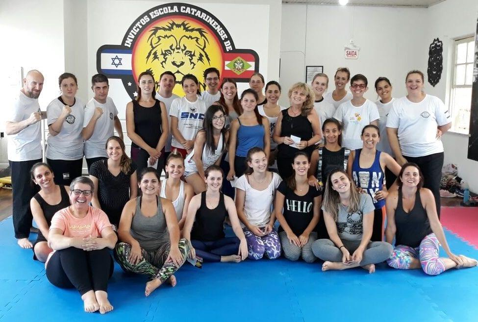 Seminário de defesa pessoal da escola Invictos Krav Maga