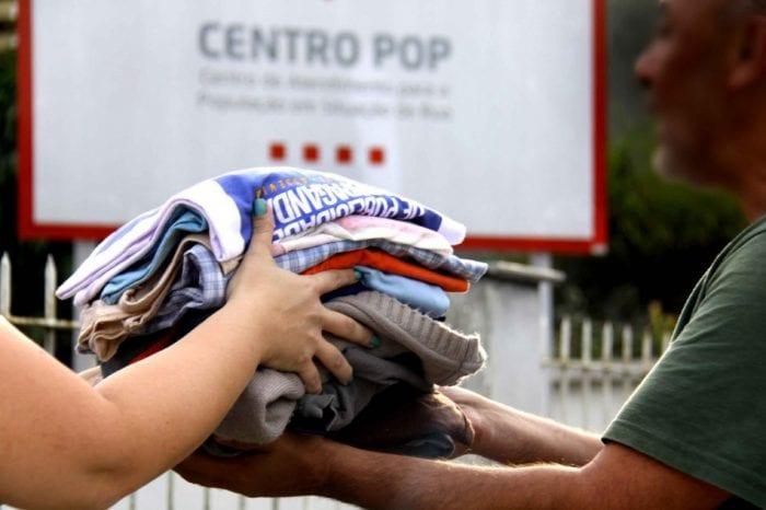 Doações são destinadas às pessoas em situação de rua e moradores do abrigo municipal.