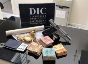 Operação Anjos da lei prende 108 traficantes e tira 70 quilos de droga de circulação no Estado (Polícia Civil)