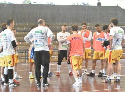 Blumenau Futsal recebe o São Lourenço