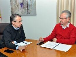 Prefeito Mário Hildebrandt e presidente do Seterb Marcelo Altoff em reunião (Eraldo Schnaider - PMB)