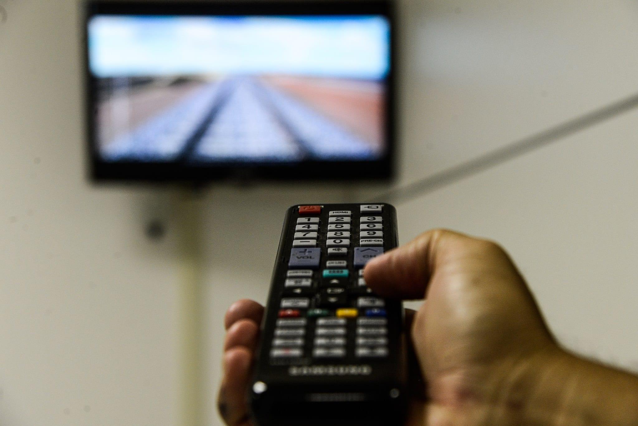 Controle remoto e televisão - foto de Valter Campanato - EBC)