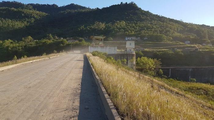 Barragem Norte, construída na área indígena Ibirama-La Klãnõ (Erold Rosenbrock)