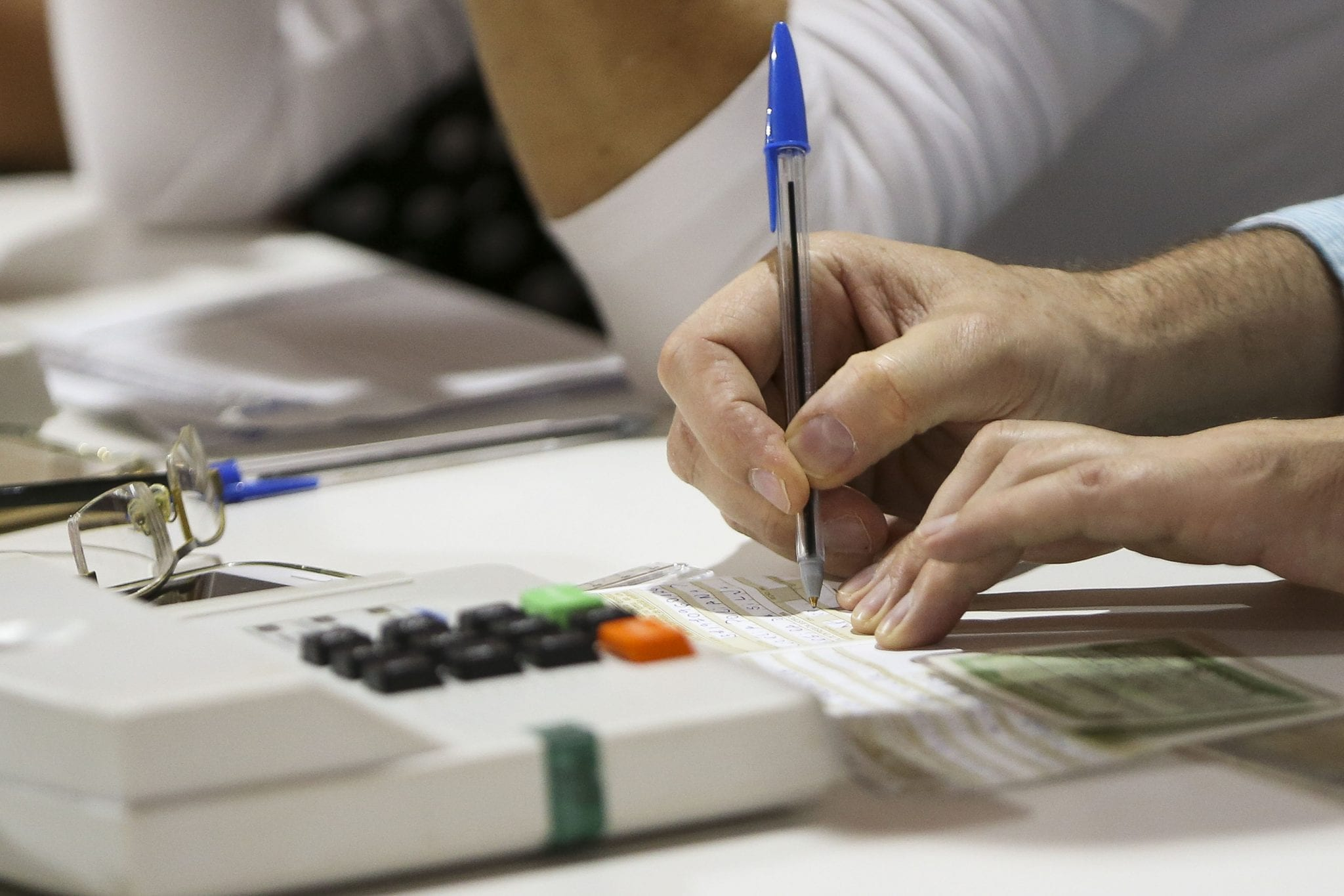 Quem não justificou ausência no 2º turno tem até 27 de dezembro para regularizar situação (Arquivo/Agência Brasil)