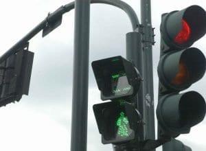 Alguns semáforos voltam ao funcionamento normal nas madrugadas (Marcelo Martins - PMB)