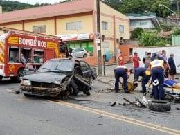 Acidente entre dois veículos deixa feridos na Rua Johann Ohf (Borges In The Mix)