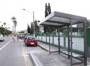 Novos abrigos de ônibus de Blumenau - foto de Marcelo Martins - PMB
