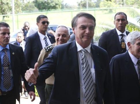 O presidente Jair Bolsonaro visita a Secretaria de Segurança e Coordenação Presidencial do Gabinete de Segurança Institucional (GSI). Acompanha o ministro do Gabinete Segurança Institucional (GSI), general Augusto Heleno - foto de Antonio Cruz/Agência Brasil