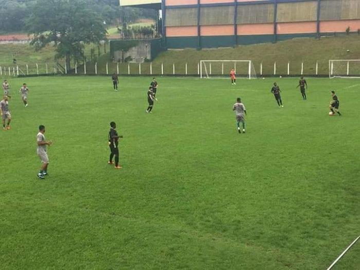 Metropolitano e Pomerode em jogo treino - foto: Metropolitano