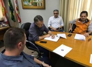 Prefeito de Blumenau assina decreto de emergência pontual - foto da Prefeitura de Blumenau