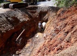 Obras interditam totalmente trecho da Rua 1° de Janeiro por três dias