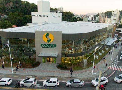 Cooper do bairro Vila Nova