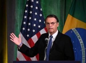O presidente da República, Jair Bolsonaro, participa de reunião Brasil-EUA, Fórum do Conselho Empresarial, para discutir relações e cooperação e engajamento futuros, em Washington, EUA. - foto de REUTERS/Erin Scott/Direitos reservados