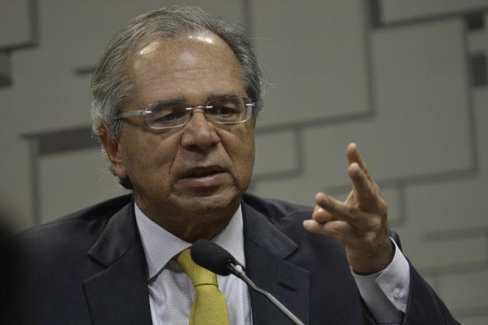 O ministro da Economia, Paulo Guedes, em audiência pública na CAE - foto de Fabio Rodrigues Pozzebom/Agência Brasil