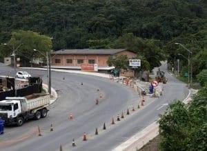 Conversão à esquerda sentido Rua Silvano Cândido da Silva Sênior é proibida - foto de Marcelo Martins