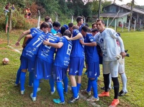 Canto do Rio é um dos semifinalistas do Campeonato Municipal de Futebol