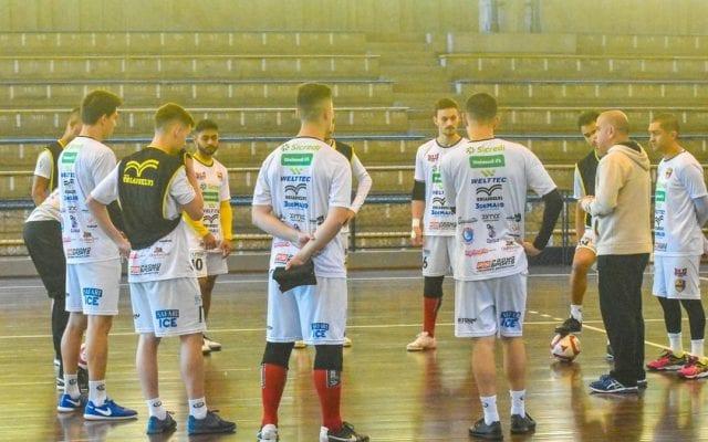 Blumenau Futsal foca suas atenções no jogo contra Joaçaba na Liga Nacional - foto de Sidnei Batista