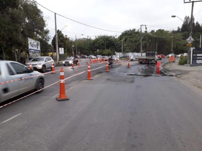 Samae realiza reparo em tubulação na Rua Bahia - foto do Samae