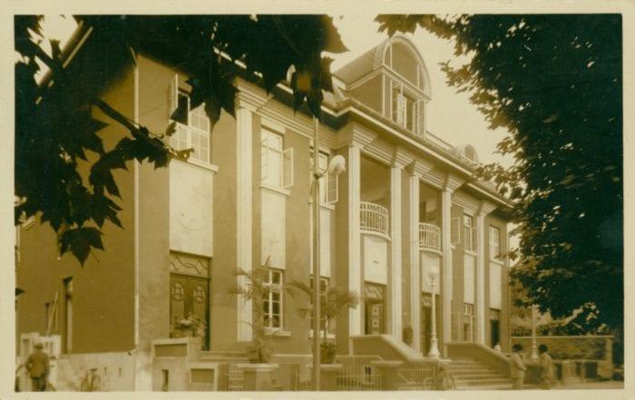 SMC / Arquivo Histórico de Blumenau / Centenário de Blumenau p. 258 / Acervo iconográfico – Fundo: Memória da Cidade – Comunicação e Transporte – Correios e Telegráfos
