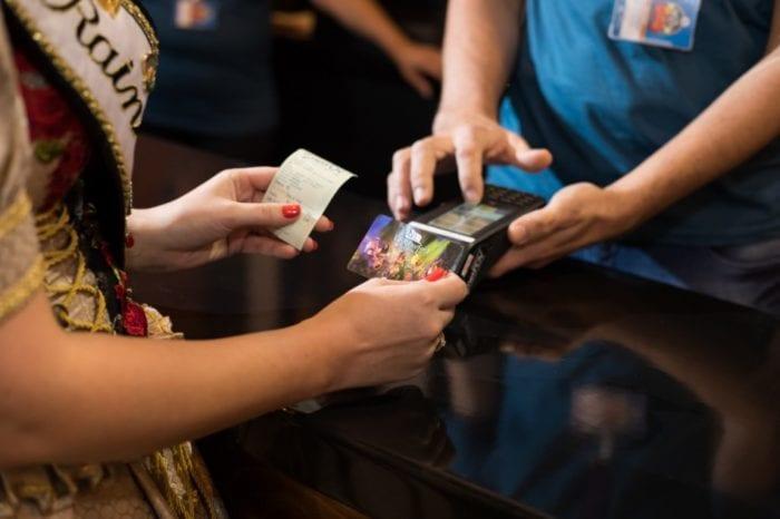 Cartão magnético facilita consumo na festa - foto da Vila Germânica