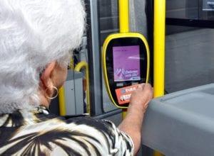 Idosos acima de 65 anos poderão fazer o cartão - foto da Prefeitura de Blumenau