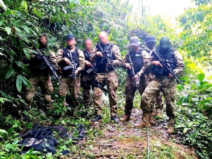 Homens da elite da Polícia Militar durante operações em Apiúna - foto da PMSCHomens da elite da Polícia Militar durante operações em Apiúna - foto da PMSC