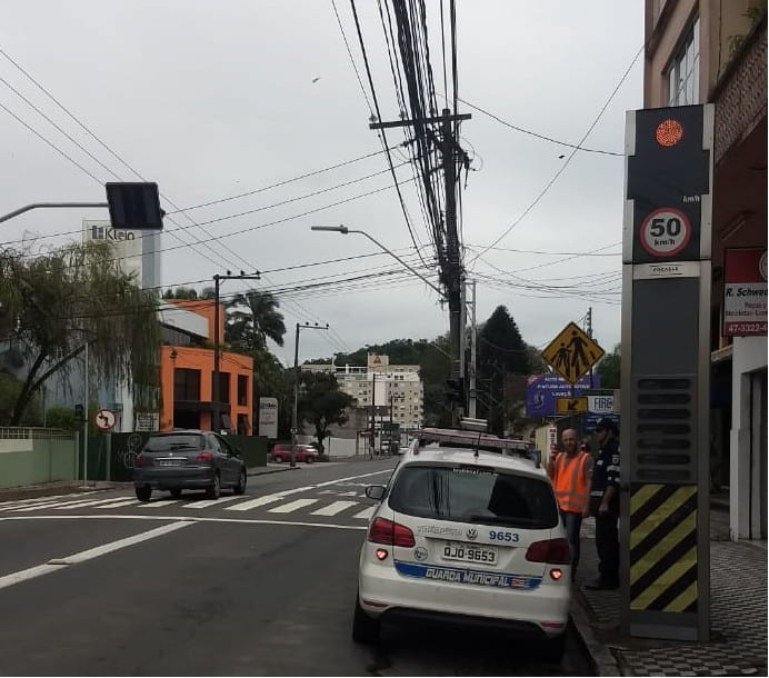 Equipamentos das ruas São Paulo, Herman Huscher e Itajaí foram verificadas nesta quarta-feira.
