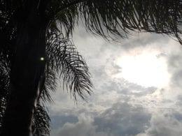 Sol entre nuvens - foto de Filipe Rosenbrock