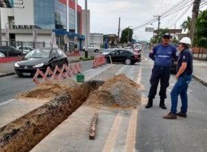 Obras de expansão de rede de água na Rua 2 de Setembro - foto da Prefeitura