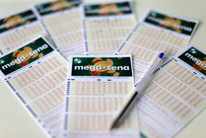 Bilhetes para a Mega-Sena - foto da Caixa Econômica