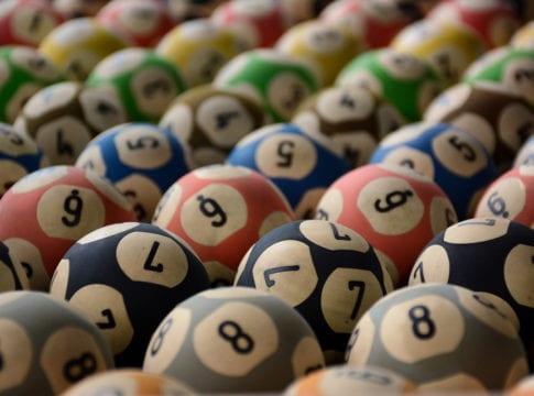Números para sorteio das loterias Caixa - foto de Rodrigo de Oliveira