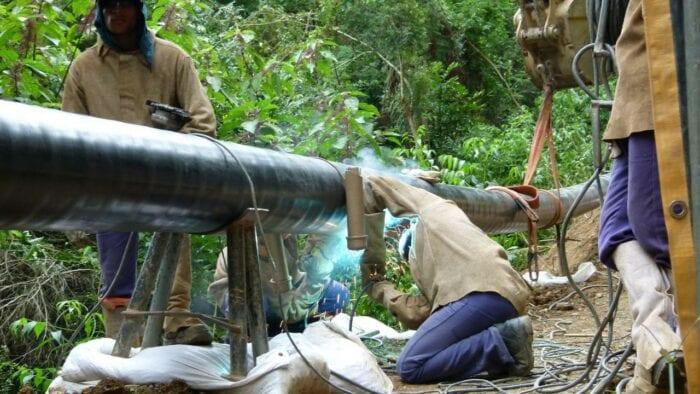 Trabalho de expansão da rede de gás natural - foto de Cassiano Ferraz / SCGÁS