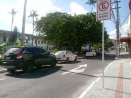Pavimentação asfáltica da via de acesso da Praça Duque de Caxias