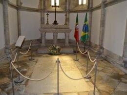 Túmulo de Pedro Álvares Cabral em Santarém, Portugal