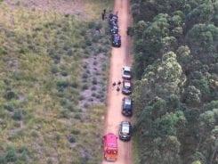 Viaturas durante busca no interior de Jaguaruna - foto da Polícia Militar
