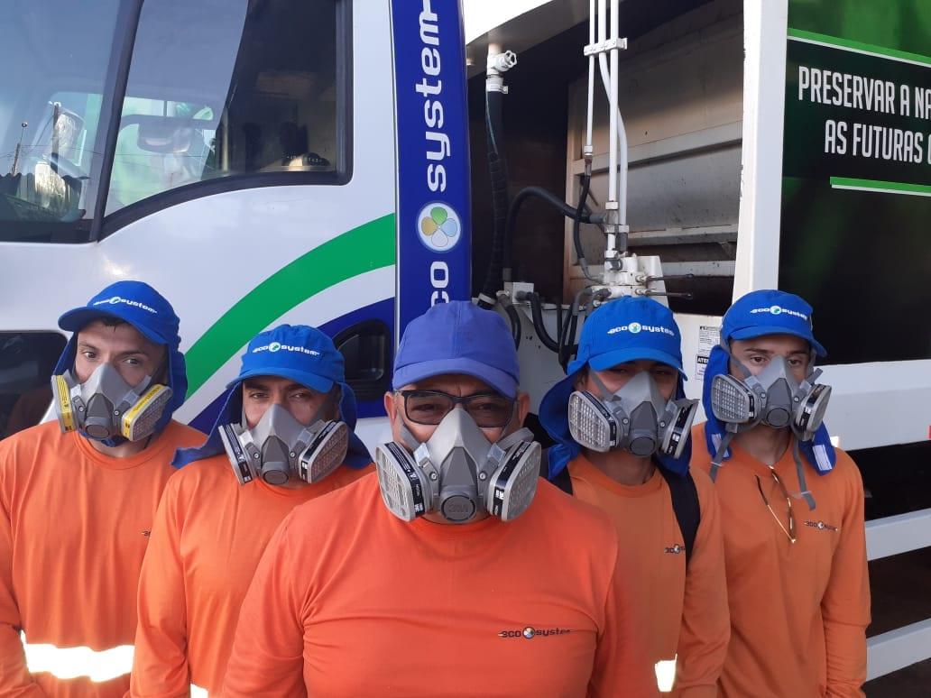 Funcionários da Ecosystem, empresa que fará a limpeza urbana em Blumenau - foto da assessoria de imprensa