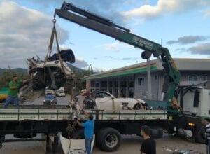 Veículo de Roberto Angeloni foi partido ao meio com a colisão - foto da PRF