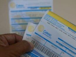 Fatura de energia elétrica, conta de luz, da Celesc - foto de Júlio Cavalheiro / Secom