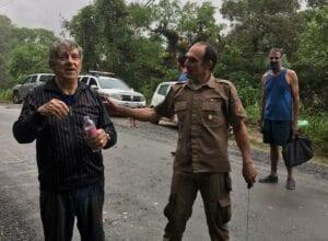 Idoso encontrado pelos policiais militares na mata - foto da Polícia Militar