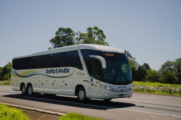 Ônibus da Viação Ouro e Prata