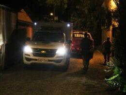 Viaturas na região onde criminoso foi baleado - foto de Jefferson Santos do Messoregional