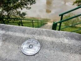 Novas réguas de medição do Rio Itajaí-Açu - foto de Alan Hann