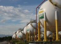 Esferas de armazenamento de Gás Liquefeito de Petróleo (GLP) da Refinaria Duque de Caxias - REDUC