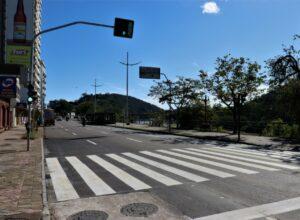 Quarta faixa da Avenida Beira-Rio - foto de Eraldo Schnaider