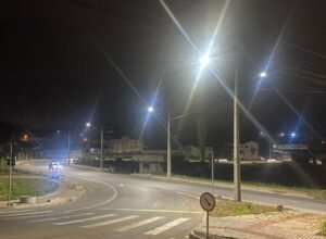 Iluminação pública no entorno do Terminal Água Verde