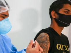 Vacinação contra a Covid-19 - foto de Julio Cavalheiro
