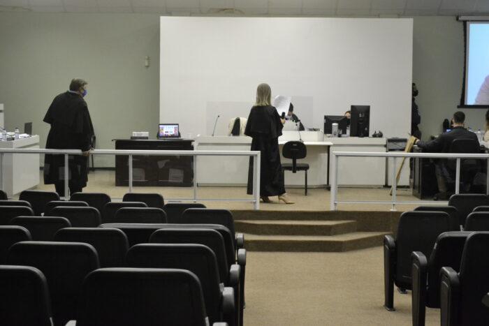 Sessão do Tribunal do Júri - foto da Comarca de Blumenau