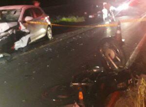 Motocicleta após acidente na BR-470 em Gaspar - foto do CBMSC